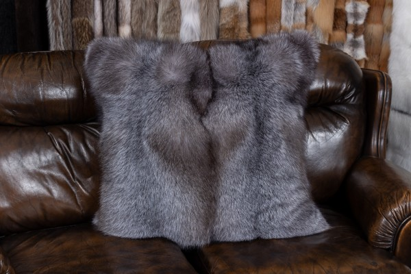 "Blue Frost Fox Cushion ""Brown-Type"" with black Weasel Backing"