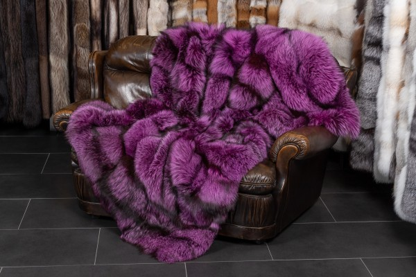 Real Fur Blanket made with Silver Foxes in Pink