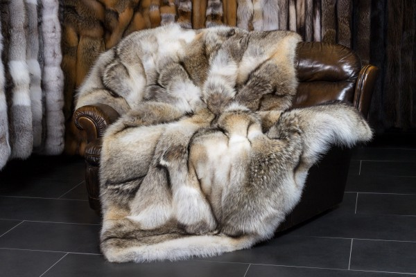 "Canadian Coyote Fur Throw - ""Top Lot Award 2019"""