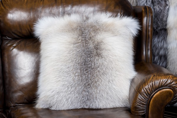 Fawnlight Fox Fur Pillow Fur on both Sides