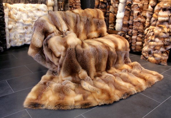 Red fox fur throw from European Red Fox