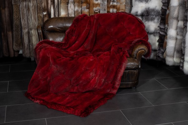 Musquash Fur Blanket with Silverfox in Red